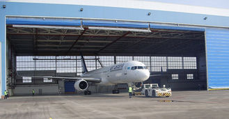 China Single Bay PEB Steel Aircraft Hangars With Electrical Roll-up Doors supplier