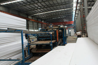 China Custom Pre-engineered Prefabricated Industrial Welding Metal Roofing Sheets System supplier