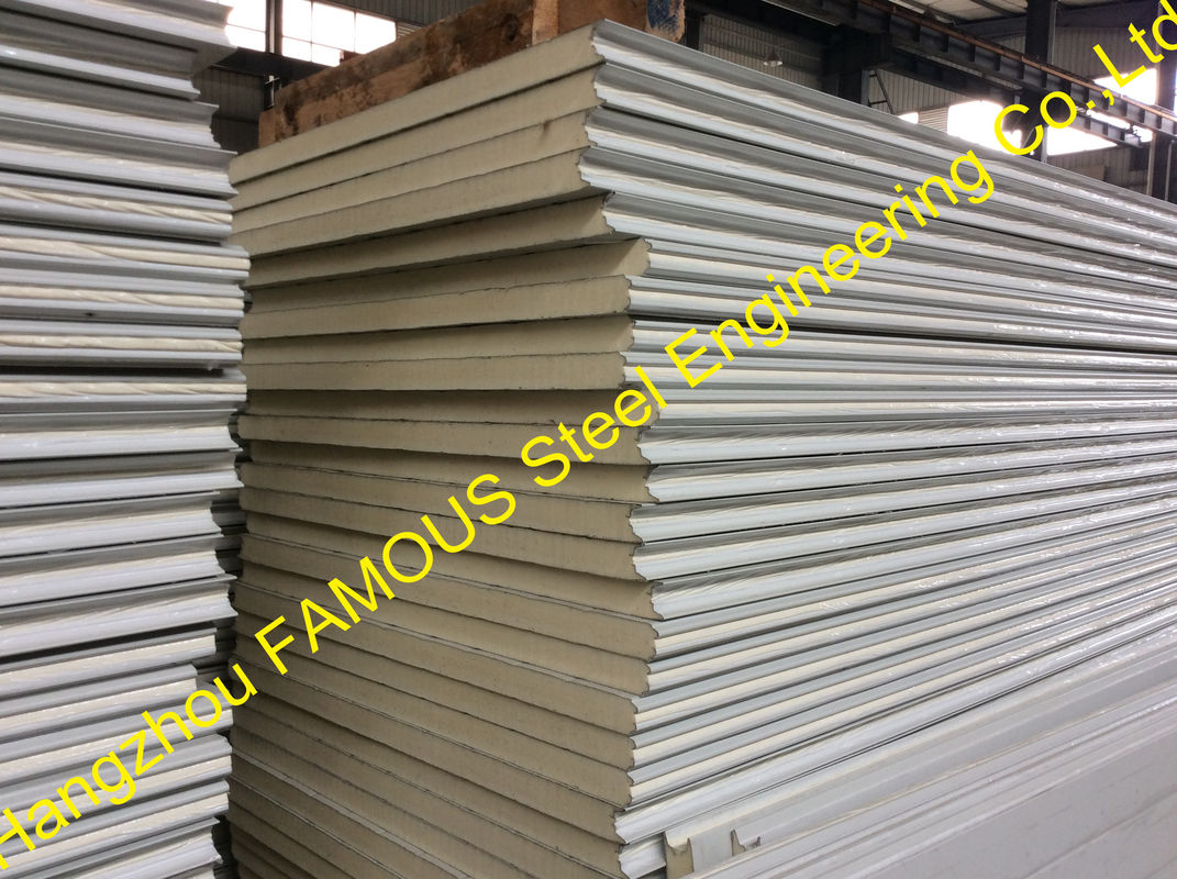 Structural Roof Sandwich Panels : Structural polyurethane sandwich panels soundproof with