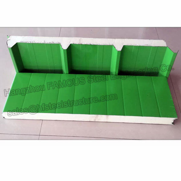Durable Corrugated Pu Roofing Panels Thermal Insulation Windproof