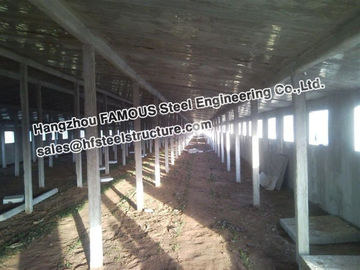 China Metal Sheds Industrial Steel Buildings For Car Garage , Painted Or Galvanized factory