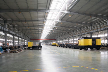 China Insulated WaterProof Prefabricated Structural Steel Fabrications Workshop Building factory