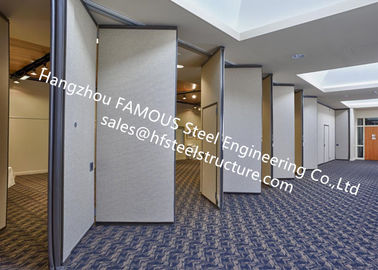 China PVC Panel Folding Doors Soundproof Sliding Accordion Partition Doors For Conference Room factory