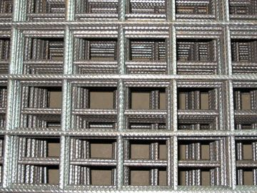 China Pre-engineered Steel Buildings Kits , Ribbed Square Mesh Seismic 500E Rebars factory