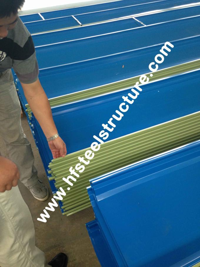 Hot Dip Galvanized / Rolling Metal Roofing Sheets With Electric Welding